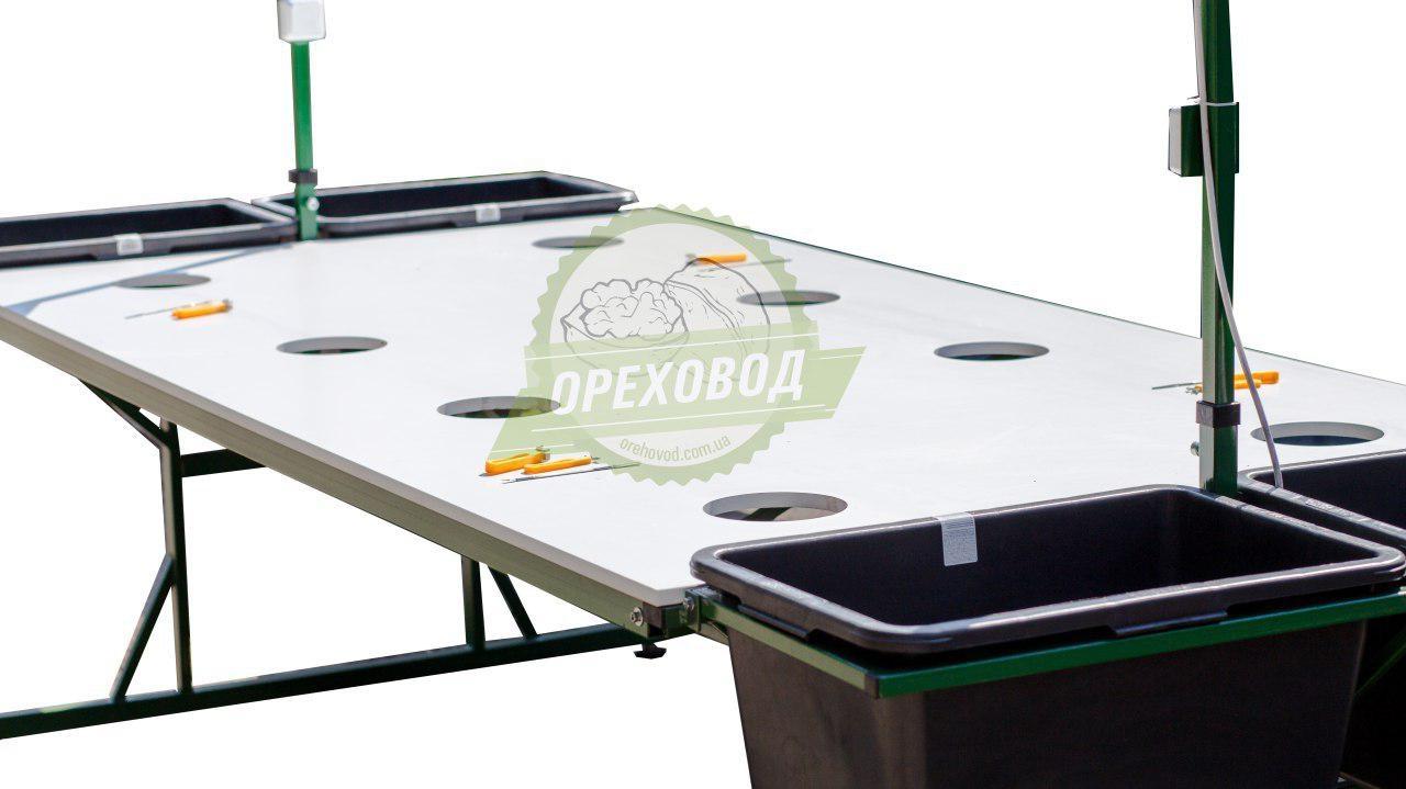 Стол для переборки грецкого ореха - 4
